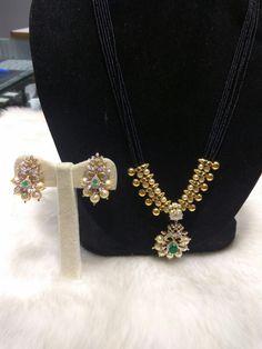 Elegant Mangalsutra from Shree Raj Guru Jewellers Beaded Jewelry Designs, Gold Earrings Designs, Gold Jewellery Design, Jewelry Patterns, Gold Jewelry, Diamond Jewelry, Gold Necklaces, Necklace Designs, Pearl Jewelry