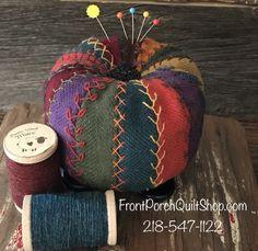 Tuffet Mini Pincushion Woolen Kit