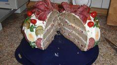 Bild/Foto #28634 zum Rezept Wurstbrottorte. Pudding, Cake, Party, Desserts, Food, Pies, Sausage Bread, New Recipes, Birthday Cake Toppers