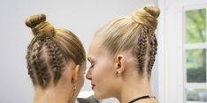 Christian Dior at Paris Fashion Week Spring 2017 - Backstage Runway Photos Dior Fashion, Fashion Show, Paris Fashion, Cosmopolitan, Backstage, Hair Extensions, Christian Dior, Bobby Pins, Hair Cuts