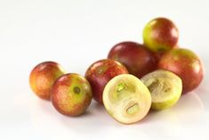 Camu camu has more vitamin C than any other food! Let's explore camu camu health benefits. Superfoods, Benefits Of Berries, Acerola, Bowl Of Cereal, Natural Supplements, Muesli, Natural Health, Health Benefits, Natural Treatments