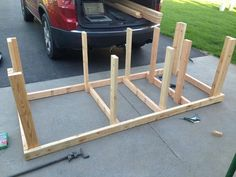 Workbench build - Imgur Rolling Workbench, Table Saw Workbench, Building A Workbench, Workbench Plans, Woodworking Workbench, Woodworking Crafts, Garage Workbench, Router Table, Industrial Workbench