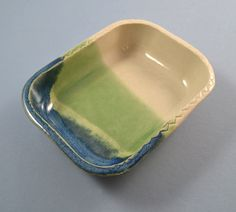 Handmade stoneware soap dish by summerscrafts on Etsy Stoneware, Soap, Unique Jewelry, Pottery, Handmade Gifts, Dishes, Tableware, Etsy, Vintage