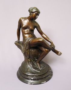 Foto 1: Max Valentin (1875-1931): Jugendstil Bronze - Frauenakt / Badende auf Felsen