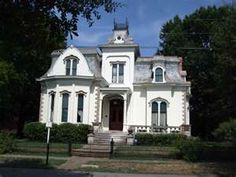 """""""Sugarbakers""""  The Designing Women house!"""