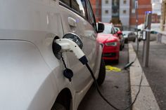 Norway could ban fuel-powered cars by 2025