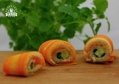 Carrot-wrapped, vegetable sushi and grilled zucchini sandwiches Grilled Zucchini, I Party, Fresh Rolls, Sushi, Carrots, Smoothies, Sandwiches, Health Fitness, Cooking Recipes