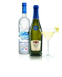 MARTINI Moscato d'Asti with GREY GOOSE® vodka for the MARTINI Moscatini Cocktail.