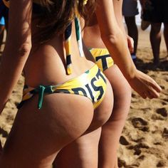 Hottest hump day photos for 2015. (83)