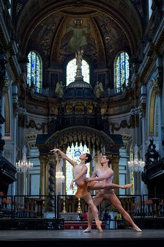 The English National Ballet  ♥ www.thewonderfulworldofdance.com #ballet #dance