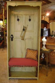 Hall Tree & Bench Once just an old door and a pair of shutters, now a stylish hall tree and bench