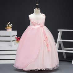 Beautiful light pink frock for u e cute pies want dis contact me on 9951711879 Birthday Frocks, Girls Dresses, Flower Girl Dresses, Beautiful Lights, Victorian, Wedding Dresses, Cute, Fashion, Dresses Of Girls
