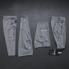 Sport Wear, Menswear, Sweatpants, Mens Fashion, Explore, Shorts, Grey, Link, Fitness