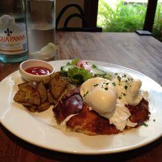 "Vegetarian croque-madame@my favorite ""Life Organic Health Cafe"" in SOHO, Hong Kong."