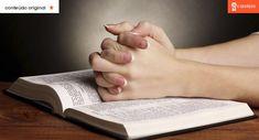 """Esta oração a Santo Antônio é famosa """"por nunca ter falhado"""" Jesus Freak, Holding Hands, Reiki, Saint Antonio, Messages, Cry, Cleaning, Family History Book, Beautiful Flowers"""
