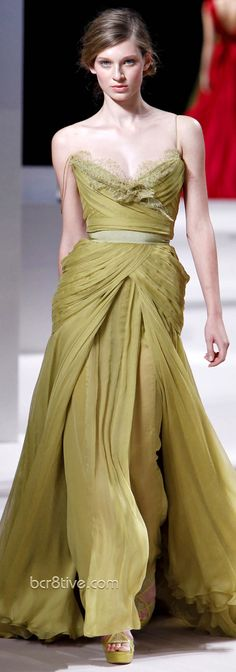 Elie Saab Haute Couture Spring Summer 2011 Collection...the most beautious pea-soup green EV
