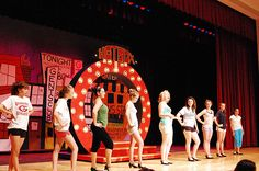 guys and dolls scenic design