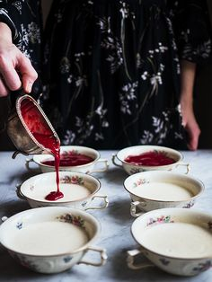 Panna cotta og Nyttårsaften – 52 More Years Gelatin, Chocolate Fondue, Panna Cotta, Ethnic Recipes, Food, Jello, Dulce De Leche, Essen, Meals
