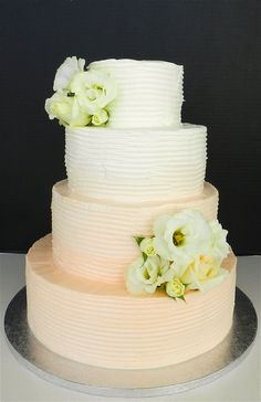 Buttercream Peach Ombre Wedding Cake