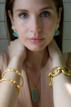 Designed in New York City, Julie Vos fashion jewelry is made using semi-precious gemstones, pearl and fused glass, hand set in gold plate. Wedding Jewelry, Wedding Accessories, Wedding Hair, Bridal Hair, Hair Accessories, Gold Fashion, Fashion Jewelry, Golden Jewelry, Layered Jewelry