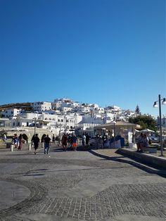 Traveling to Paros Beautiful Islands, Beautiful Beaches, Paros Island, Famous Beaches, Tourist Spots, Small Island, Greek Islands, Great Places, The Neighbourhood