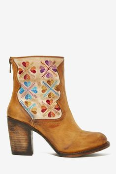 Freebird Hendrix Leather Tapestry Boot - for a little boho vib Heeled Boots, Bootie Boots, Shoe Boots, Shoes Sandals, Ankle Boots, Shoe Bag, Cute Shoes, Me Too Shoes, Boot Shop