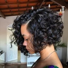 65 Different Versions Of Curly Bob Hairstyle Curly Hair Styles 37 Cute Easy Hairstyles For Short Curly Hair Curly Hair Styles Short Bob Hairstyles For Curly Hai Curly Hair Cuts, Curly Bob Hairstyles, Short Hair Cuts, Curly Hair Styles, Natural Hair Styles, Spring Hairstyles, Natural Wigs, Ponytail Styles, Wedding Hairstyles