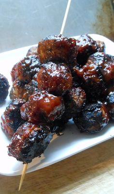 BBQ Turkey Meatballs 2K+  Facebook, Instagram, and Pandora Radio have ruined me.    Because lately I've noticed that I'm looking for there t...