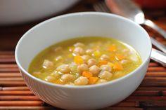 Sopa de garbanzos y apio... de Cocina y Comparte
