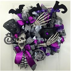 The WOW factor Halloween wreath, Spooky Skeleton Wreath, Skelton Deco Mesh…