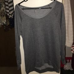 Comfy 3/4 sleeve Great condition Vanity Tops Tees - Long Sleeve