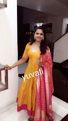 Anarkali More Kurta Designs, Blouse Designs, Indian Dresses, Indian Outfits, Dress Neck Designs, Ethnic Dress, Anarkali Dress, Indian Attire, Dress Picture