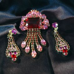 Outstanding Juliana(?) Style Dangle Brooch Earring Set, Hot Pinks & Red, Gold Plated, Long, Eye Catching, Excellent Vintage Condition by VWayne on Etsy https://www.etsy.com/listing/195808064/outstanding-juliana-style-dangle-brooch