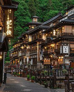 Notoya Ryokan at Ginzan Onsen Village, Obanazawa, Yamagata. by Loc Japan Travel Yamagata, Aesthetic Japan, Travel Aesthetic, The Places Youll Go, Places To Visit, Kumamoto, Visit Japan, Visit Tokyo, Destination Voyage