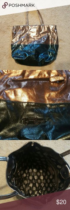 Large Jessica Simpson Handbag In used condition very cute Jessica Simpson Bags Totes