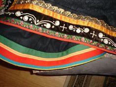 Folk Costume, Costumes, Norway, Bags, Fashion, Hipster Stuff, Handbags, Moda, Dress Up Clothes