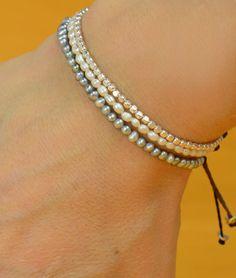 Pulsera de perlas gris pequeño