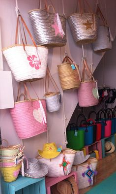 #display for our beach basket -partner shop in Alcudia-