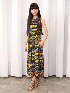 着まわし力のあるドレスを 小物でお呼ばれ服に格上げ