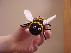 Free bee by Aoibhe Ni. This is adorable! pjc   bumblebee amigurumi  crochet