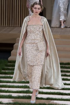 Gigi Hadid for Chanel Haute Couture spring/summer 2016 Collection. #couture #chanel