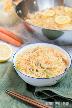 One-Pot Pancit is a quick and easy rice noodle dinner the whole family will love. With chicken, shrimp, and vegetables, this delicious recipe is gluten-free and kid-approved too! Chinese Food Menu, Easy Chinese Recipes, Pancit Recipe, Foods That Contain Protein, Cooking Dishes, Be Light, One Pot, Dessert For Dinner, Evening Meals