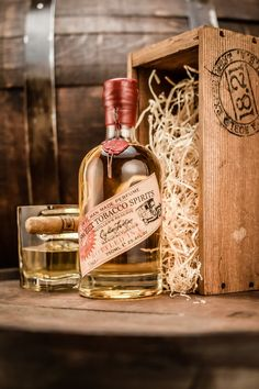 18.21 Man Made Sweet Tobacco Spirits Distillers Reserve Edition. Our Special Reserve 750 ml (contact us for price info) For Pre-orders contact us at: sales@1821manmade.se