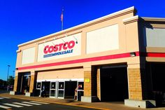 For some people the draw might be the great price on tires. For others, the cheap prescription eyewear. For still others, it's the excellent pricing on diapers and gift cards.        But, me and Costco? I'm just there for the food.
