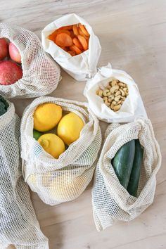 Eco-Friendly Plastic Alternatives I Love. How To Reduce Your Plastic Usage. Alternatives to Plastic. Reusable grocery and produce bags. Eco Friendly Bags, Eco Friendly House, Plastic Alternatives, Friendly Plastic, Produce Bags, Green Life, Sustainable Living, Sustainable Design, Kimchi