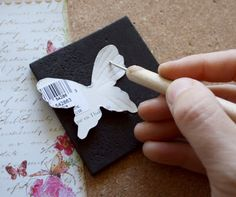 Such a Pretty Mess: Tutorial: Embossed Butterflies
