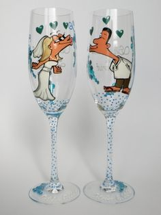 Hand painted Decoration Wedding Toasting Flutes Set of 2 Personalized Champagne glasses Wedding on the Beach by ginta.barisa