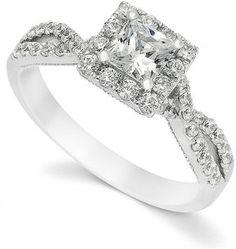 White Gold Princess-Cut Diamond Engagement Ring