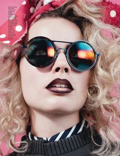 cool boxes Chanels clever enigmatic looks Margot Robbie poses in Cutler and Gross shades for LOVE Magazine Fall Winter 2016 issue Margot Robbie Pictures, Margot Elise Robbie, Margo Robbie, Kids In Love, Cool Kids, Love Magazine, Magazine Covers, Cutler And Gross, Poses
