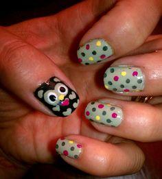 owl-nail-art-with-polka-dots